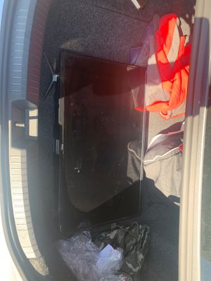 32 inch | TCL Roku TV for Sale in Saugus, MA