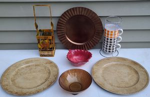 Thanksgiving Kitchen Bowls Leaf, Cups, Charger Plates, Wine Bottle Holder New for Sale in Billerica, MA
