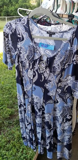 Blue dress xlarge for Sale in Lake Alfred, FL