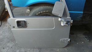 Door jeep wrangle 2000 for Sale in Miami, FL