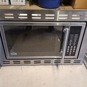 """24"""" Microwave-Small Space/RV Use for Sale in Upland, CA"""