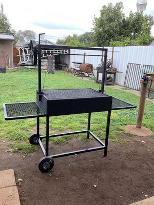 Bbq grill !!🔥🔥 for Sale in Visalia, CA