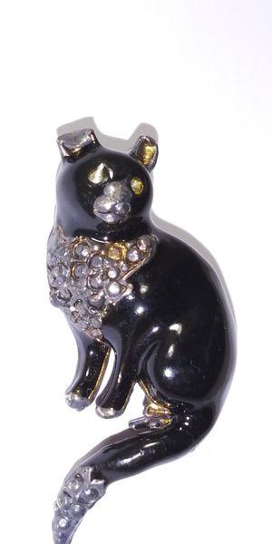 Black cat pin for Sale in Miami, FL