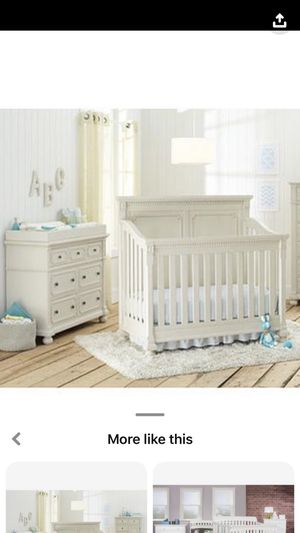 Heidi Klum Truly Scrumptious crib, dresser and changing top for Sale in Suffield, CT