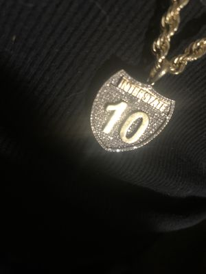 I-10 diamond pendent with yellow gold rope chain for Sale in Live Oak, TX