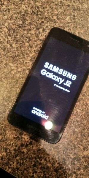 Samsung Galaxy J2 for Sale in Chicago, IL