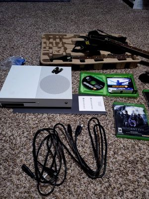 """40"""" LCD TV. With xbox one S and 5 games for Sale in Farmers Branch, TX"""