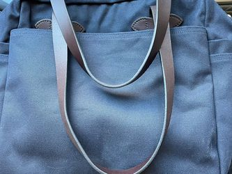 Filson Tote Bag With Zipper - Navy for Sale in Arlington,  VA
