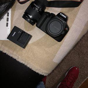 Canon Camera for Sale in Chicago, IL