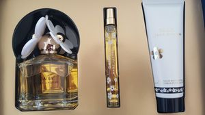 New! Marc Jacob's Daisy Perfume Set! for Sale in Frederick, MD