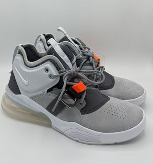 NEW MENS NIKE AIR FORCE 270 WOLF GREY AH6772 002 SZ 9.5 SNEAKERS for Sale in Jersey City, NJ