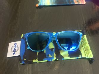 Oakley sunglasses/frogskins for Sale in Bend,  OR