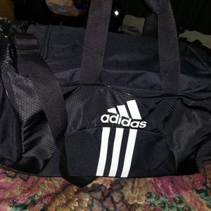 Adidas Duffle Bag for Sale in Charlotte, NC