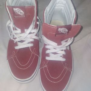 Pre-owned Vans Hi Top Sneakers for Sale in Miami, FL