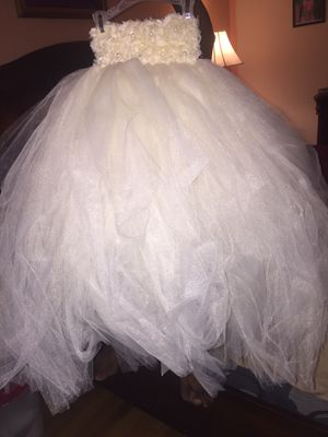 Flower girl dress for Sale in Erial, NJ