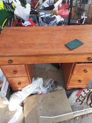 Desk for kids for Sale in Hacienda Heights, CA