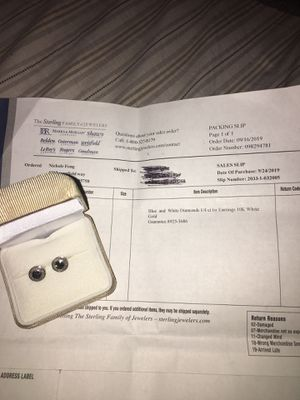 160$ or best offer 1/4 blue and black diamond stud earrings 10kt solid gold setting for Sale in Elk Grove, CA