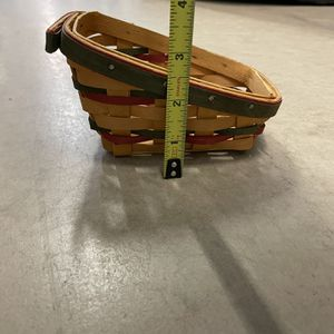 1999 longaberger small sleigh basket for Sale in Greater Upper Marlboro, MD