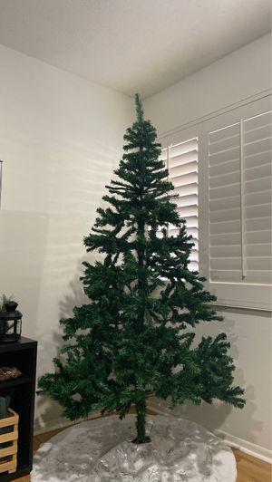7.5 FOOT christmas tree for Sale in Etiwanda, CA