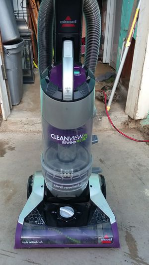 VACUME CLEANERS DYSON/hoover/eureka/ for Sale in Fresno, CA