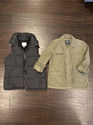 Lot of Womens Outerwear sz Small/4 for Sale in Flowery Branch, GA