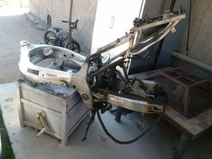 Free gsxr 600 frame for Sale in Perris, CA