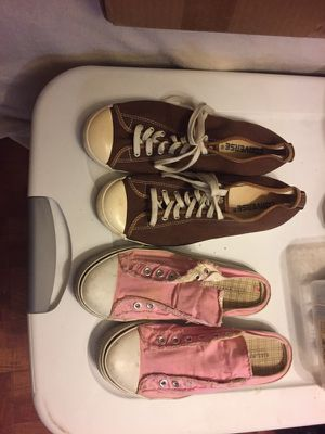 Converse women's shoes 15$ and more 4 sale for Sale in Tampa, FL
