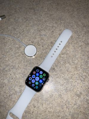 Apple Watch Series 4 stainless steal 44 mm for Sale in Stoneham, MA