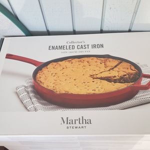 """Martha Stewart Cast Iron 12"""" Fry Pan / Cherry Color for Sale in Springfield, OR"""