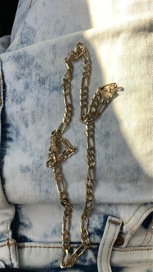 Thick 14k figaro gold chain for Sale in Fresno, CA