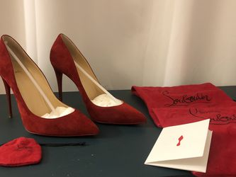Christian Louboutin - « Pigalle Follies » limited edition red velvet (veil) heels - red bottoms for Sale in Los Angeles,  CA