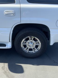 17 inch wheels/rims & 265/70/17 Goodyear Wrangler tires for Sale in Seattle,  WA