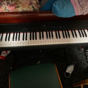 Es1 Piano 81 Key! for Sale in Appleton, WI
