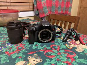 Canon T6i w/ Mic for Sale in Murrieta, CA