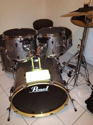 Electronic/acoustic Drums for Sale in Miami, FL
