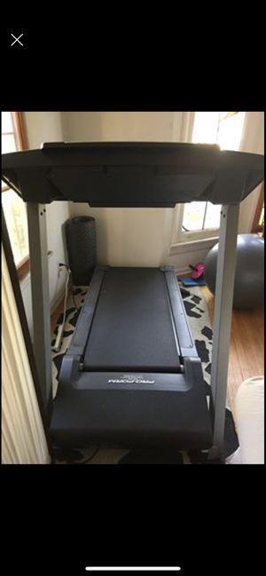Proform Trainer 8.5 Treadmill for Sale in Los Angeles, CA
