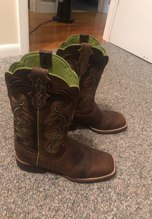Justin Boots size 8.5 for Sale in Rustburg, VA