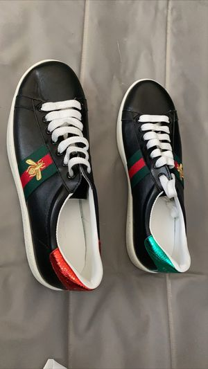 Gucci Ace Bee Black Size: 10, 11 for Sale in Phoenix, AZ