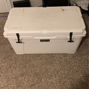Yeti 75 Gallon Cooler for Sale in Houston, TX