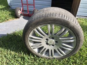 Mercedes Benz One aluminum rim and tire in a good condition for Sale in West Palm Beach, FL