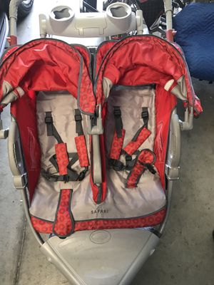 Double jogging stroller InStep Safari for Sale in San Diego, CA