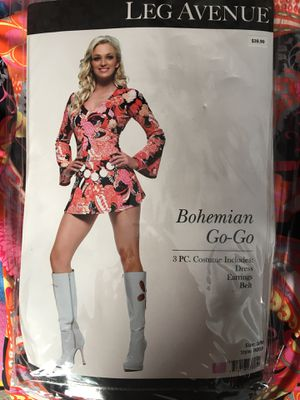 4 Halloween Costumes/Accessories for Sale in Vermilion, OH
