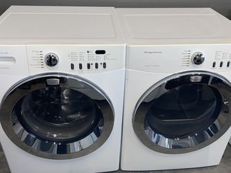 FRIGIDAIRE LARGE CAPACITY STACKABLE WASHER DRYER ELECTRIC SET for Sale in Vancouver,  WA