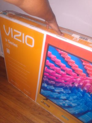 60 inch Vizio smart 4k tv for Sale in Atlanta, GA