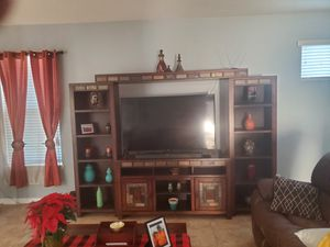 60 inch samsung smart tv like new for Sale in Kissimmee, FL