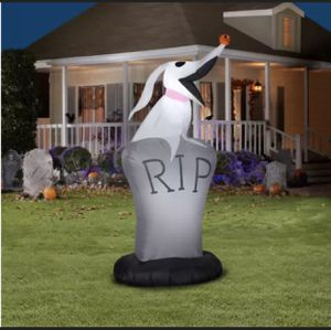 Nightmare Before Christmas 5 Ft ZERO for Sale in Weston, FL
