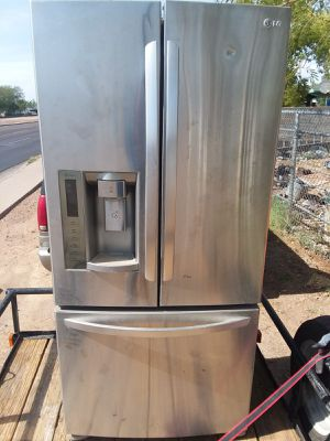 LG stainless steel refrigerator for Sale in Phoenix, AZ