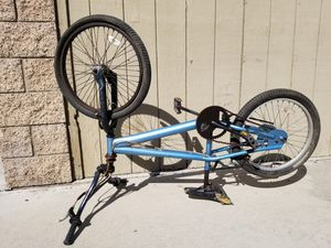 """FRAME Mongoose bimex fame 20"""" the bicycle don't work I'm selling it as fame for Sale in Pomona, CA"""