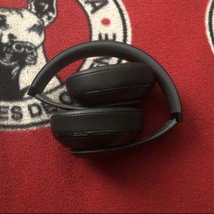 Beats Studio 2 for Sale in Chula Vista, CA