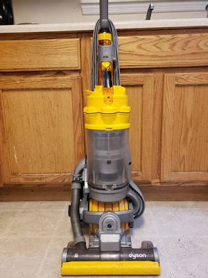 Dyson DC15 the ball vacuum for Sale in Pittsburgh, PA